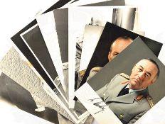 10 PORTRAITFOTOS GENERALE DER DEUTSCHEN BUNDESWEHR, 1970er-1980er Jahre, jew. m. OU: 2x Voss, W.