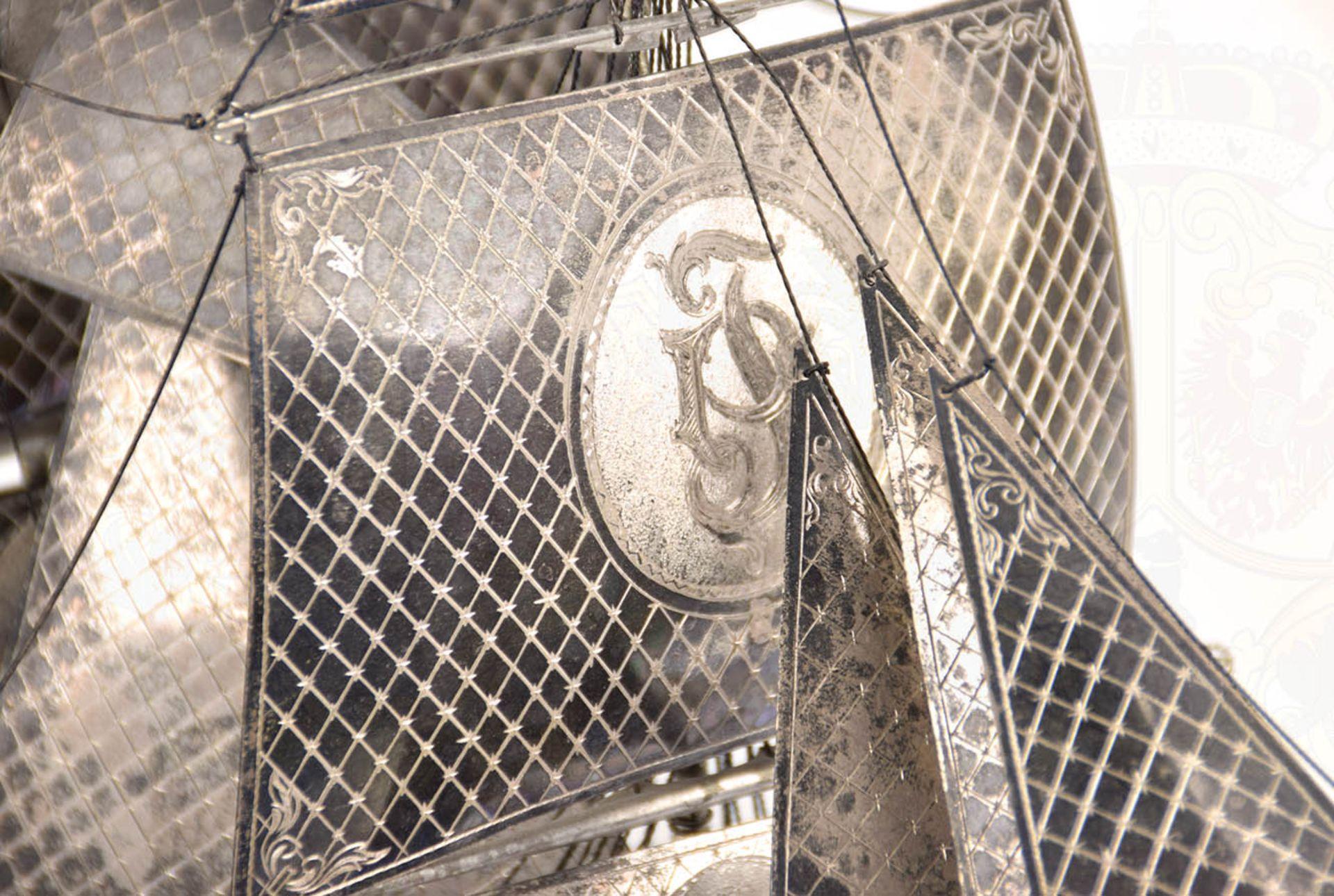 MODELL-LINIENSCHIFF, Dreidecker-Segellinienschiff der 2. Hälfte des 18. Jhd. mit 100 Kanonen, - Bild 10 aus 15