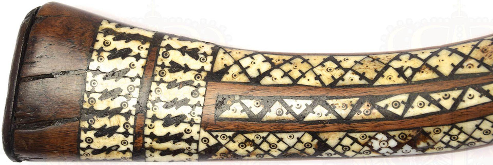 PERKUSSIONSGEWEHR, Afghanistan 19. Jh., Achtkantlauf, ca. Kal. 16 mm, durchgehend kleine Narben u. - Bild 3 aus 6