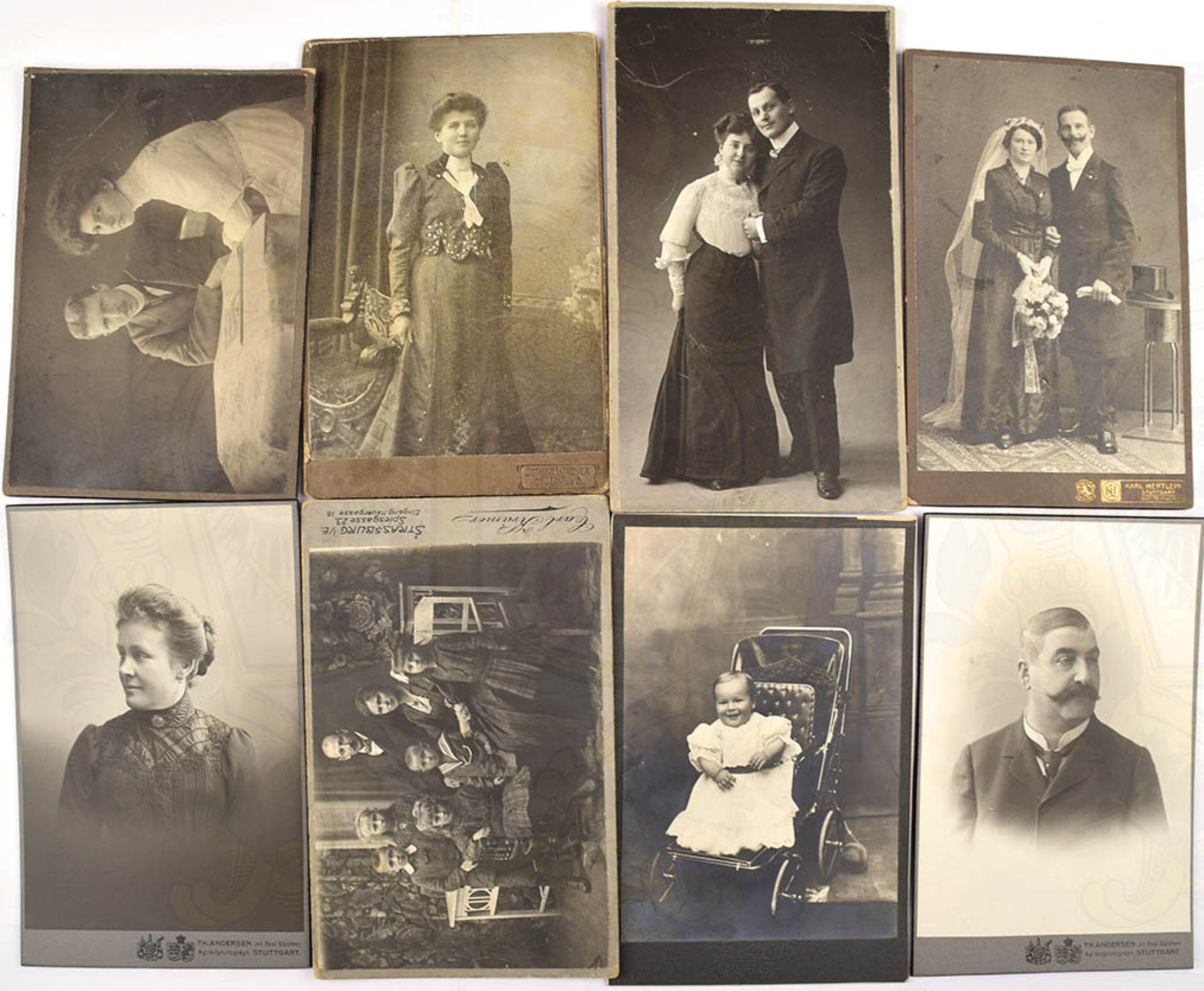 36 VISIT- KABINETT- UND GROßFOTOS, zivil, Paare, Kinder, junge Frauen, Schulklassen, um 1900-20er