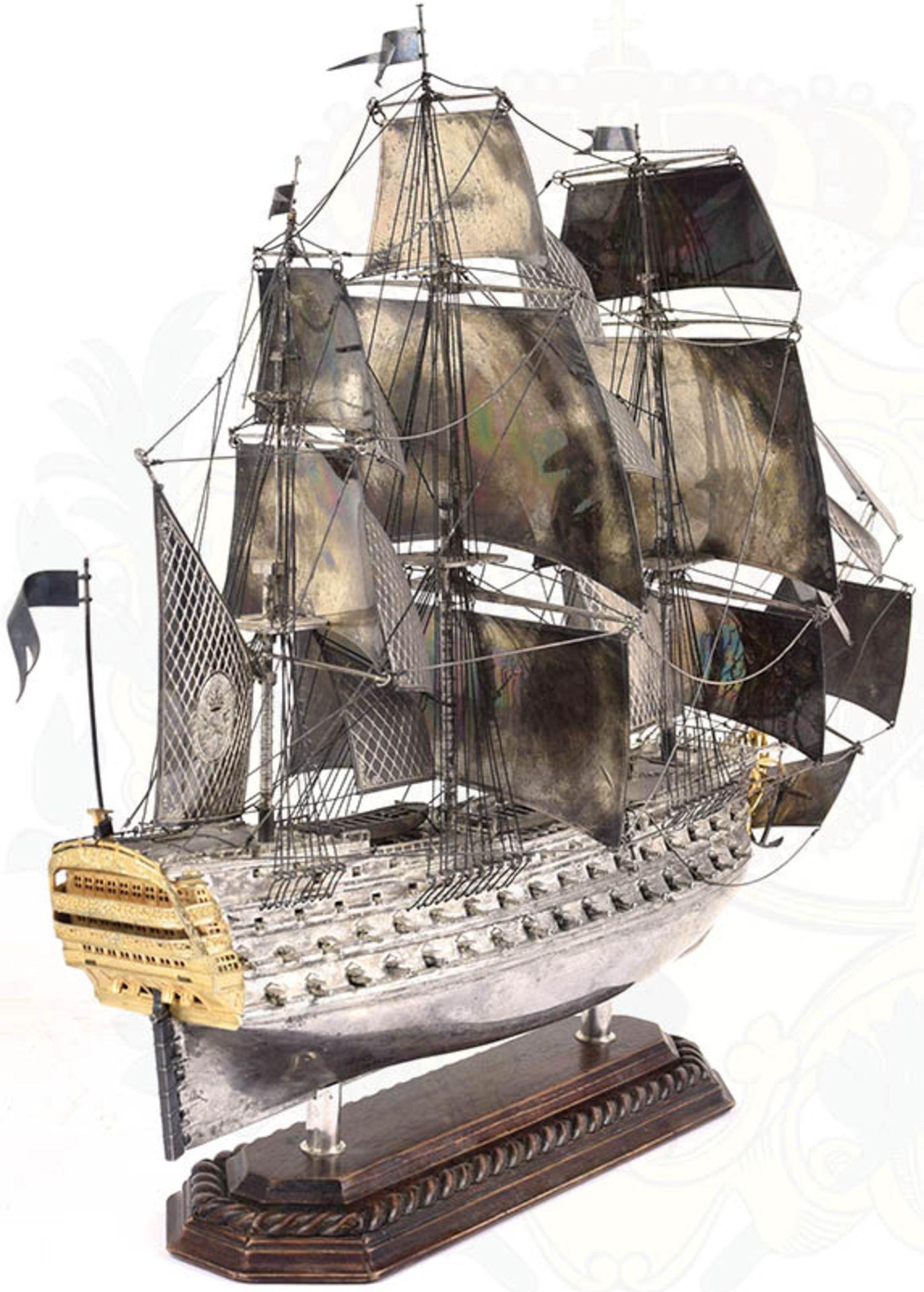 MODELL-LINIENSCHIFF, Dreidecker-Segellinienschiff der 2. Hälfte des 18. Jhd. mit 100 Kanonen, - Bild 12 aus 15