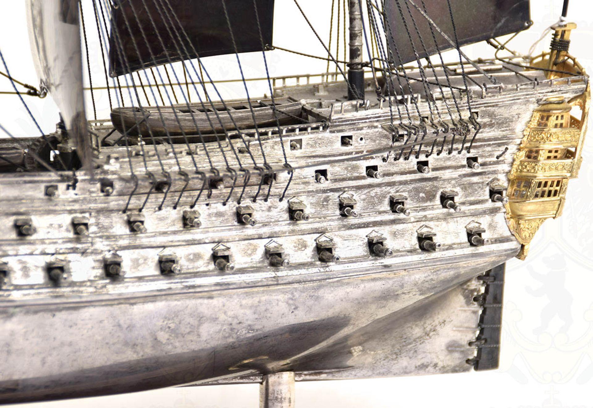 MODELL-LINIENSCHIFF, Dreidecker-Segellinienschiff der 2. Hälfte des 18. Jhd. mit 100 Kanonen, - Bild 3 aus 15