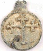 BYZANTINISCHES SIEGEL, unmagnetische Metalllegierung, erhabenes Wiederkreuz, starker Belag, Rand mit