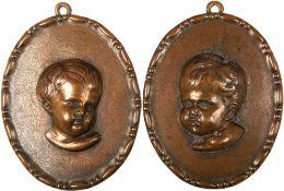 """2 RELIEF-PORTRAITS, getriebenes Kupfer, Büsten v. Putten, sign. """"AS"""", oval, 14x11 cm, um 1900"""