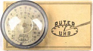"""RÜTER-UHR, """"Die Sonnenuhr in der Westentasche"""", Metall-Ziffernblatt, Kunststoff-Gehäuse, 5x2,5 cm,"""