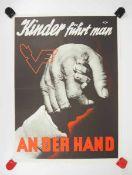 0.2.) Emailschilder / Werbeplakate Plakat: Eisenbahn - Kinder führt man an der Hand.Mehrfarbig,