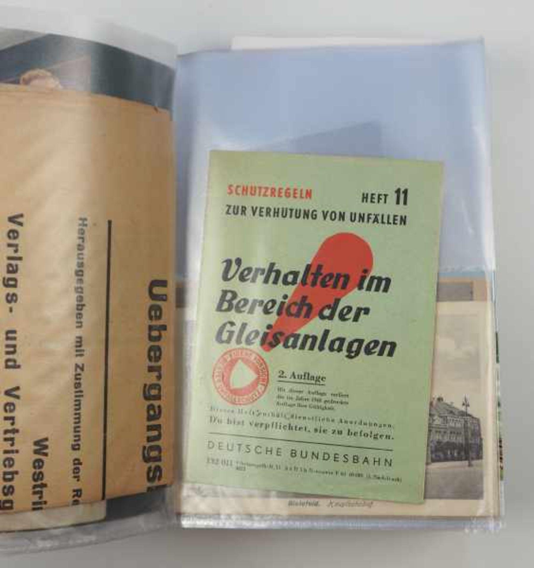 0.1.) Eisenbahn / Bergbau Eisenbahn - Ordner Dokumente.Broschüren, Ausweise, Postkarten etc.Zustand: - Bild 5 aus 5