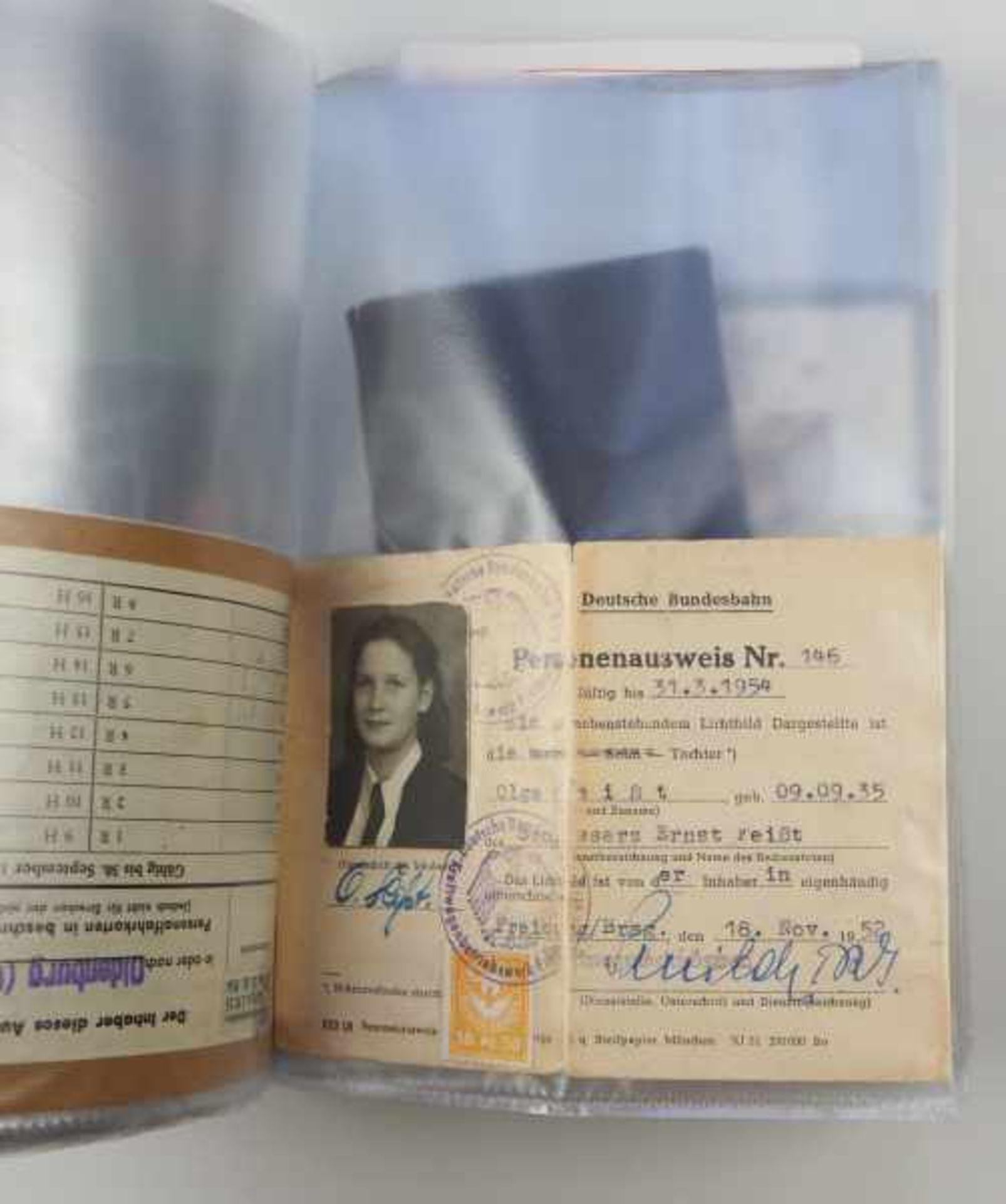 0.1.) Eisenbahn / Bergbau Eisenbahn - Ordner Dokumente.Broschüren, Ausweise, Postkarten etc.Zustand: - Bild 4 aus 5