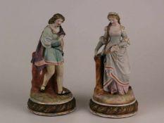 Galantes Figurenpaar -Volkstedt um 1870, Figuren einer Dame und eines Herren in historisierenden