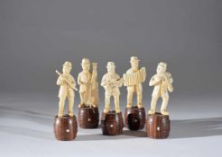 Five ivory Dutch sculptures of a musician 19th century (minor lack)