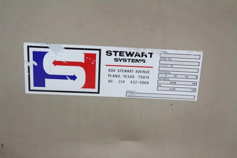 Lot 40 - Stewart Case Switch