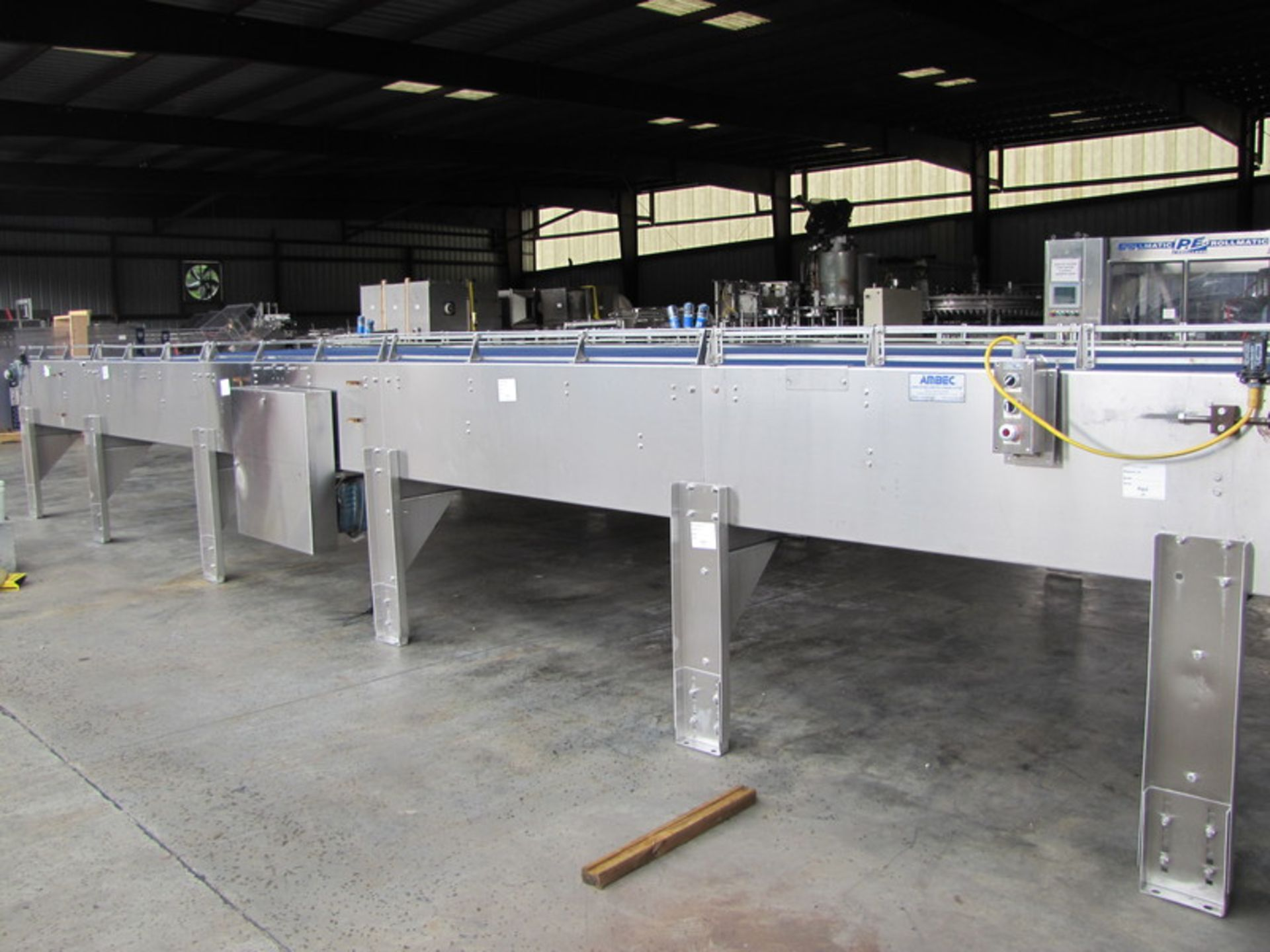 Ambec 10x30 Accumulation Table - Image 4 of 5