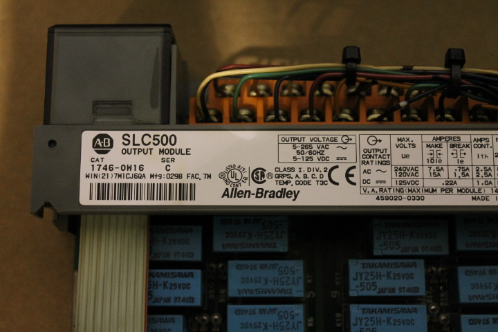 Lot 2 - ALLEN-BRADLEY SLC 500 RACK W/ VARIOUS CARDS (SEE PICTURES) & 1746-P2 POWER SUPPLY