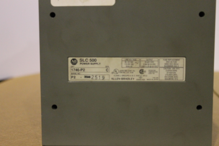 Lot 3 - ALLEN-BRADLEY SLC 500 RACK W/ VARIOUS CARDS (SEE PICTURES) & 1746-P2 POWER SUPPLY