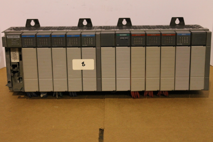 Lot 8 - ALLEN-BRADLEY SLC 500 RACK W/ VARIOUS CARDS (SEE PICTURES)
