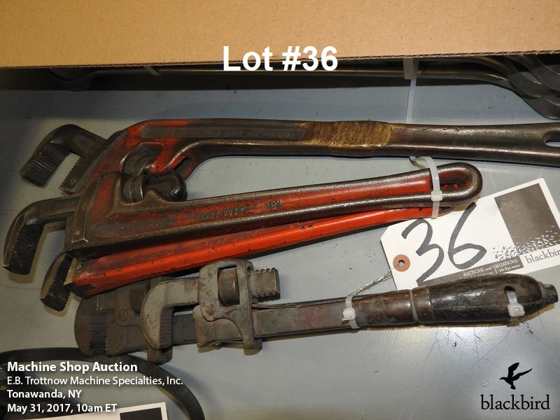"Lot 36 - Lot- (2) pipe wrenches and (1) Ridgid 16"" pipe wrench"