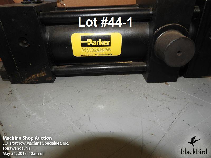 Lot 44 - Parker HMI series model 80CDDHM1RBS14MC hydraulic cylin