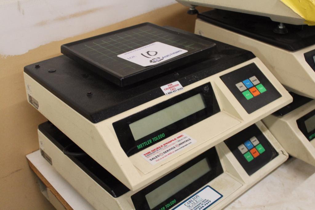 Lot 10 - Mettler Toledo Digital Scales