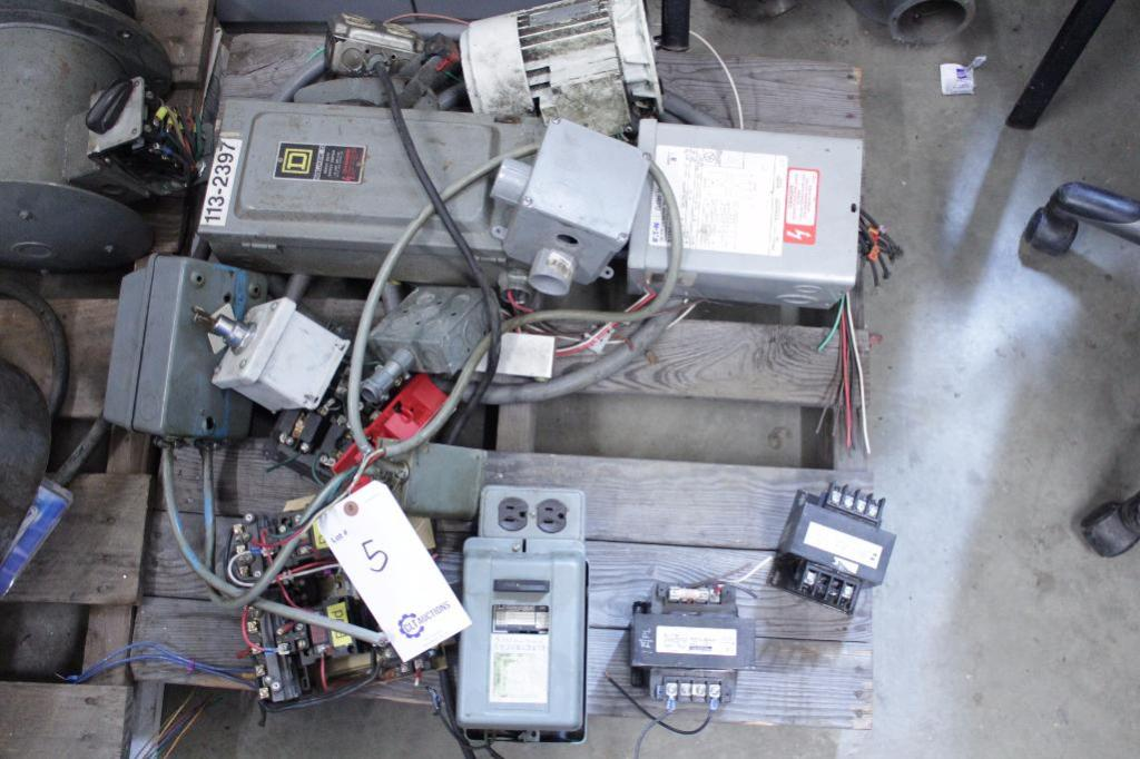 Lot 5 - Electronic components & milling machine parts