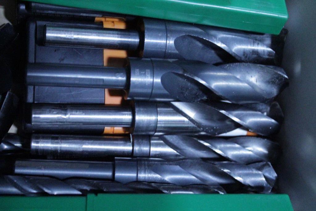 Lot 11 - HSS step shank drills