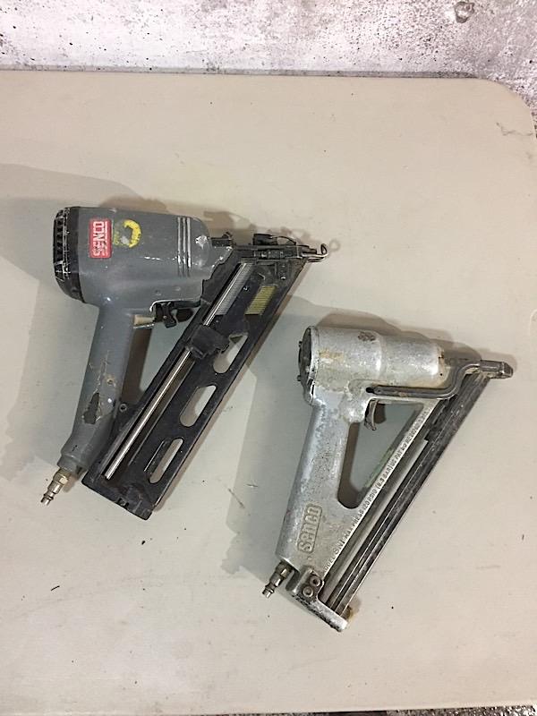 Lot 10 - LOT OF 2 NAIL GUNS