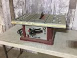 Lot 36 - DELTA TABLE SAW
