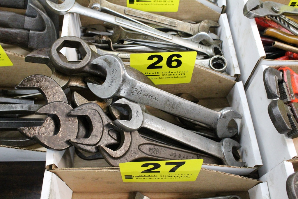 Lot 26 - ASSORTED OPEN END & BOX WRENCHES IN BOX