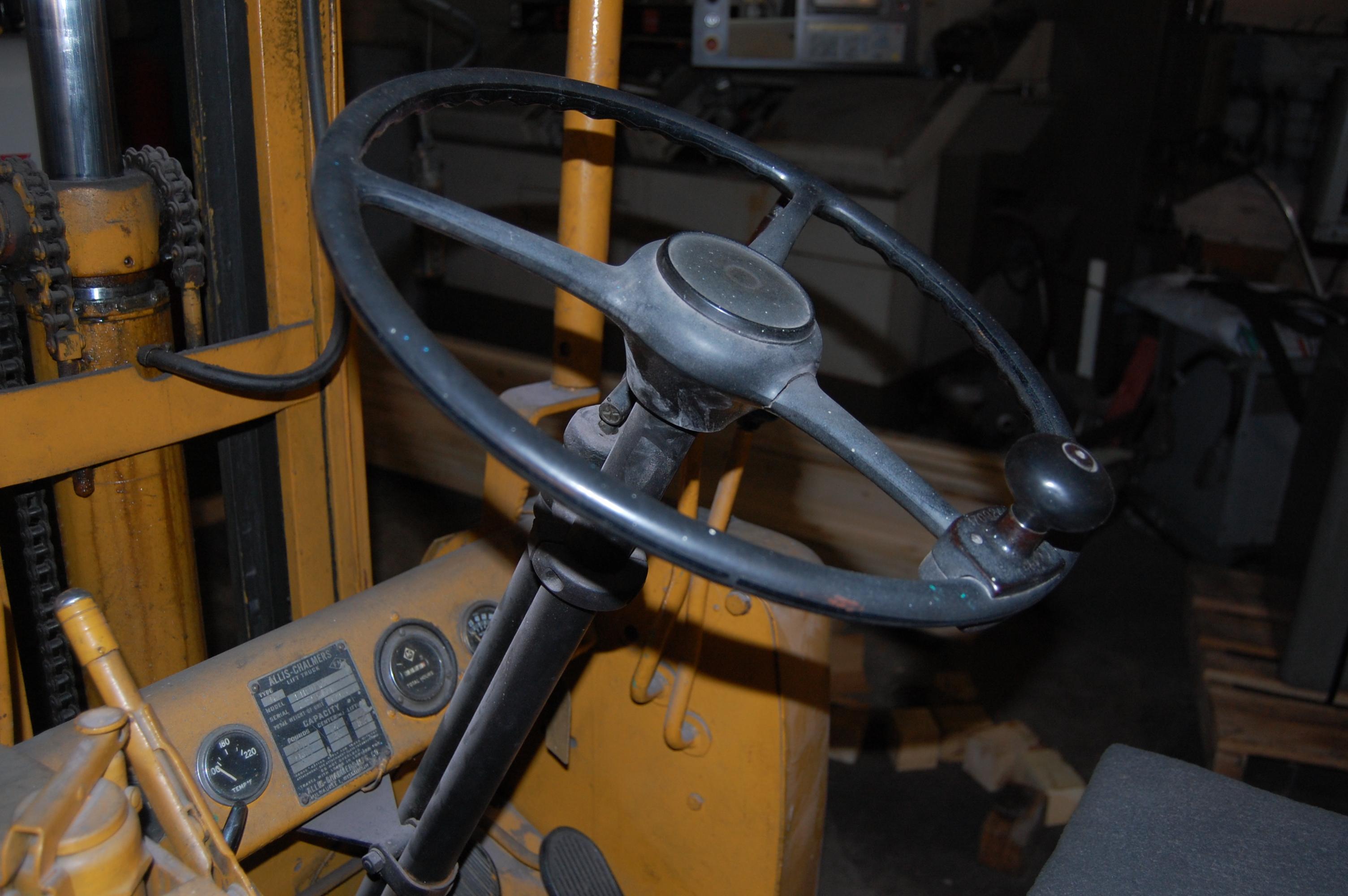 "Lot 51 - 2600# ALLIS CHALMERS MDL. FTB-30-24 PROPANE FORKLIFT, 142"" REACH, DOUBLE MAST, HARD TIRES, 34"""