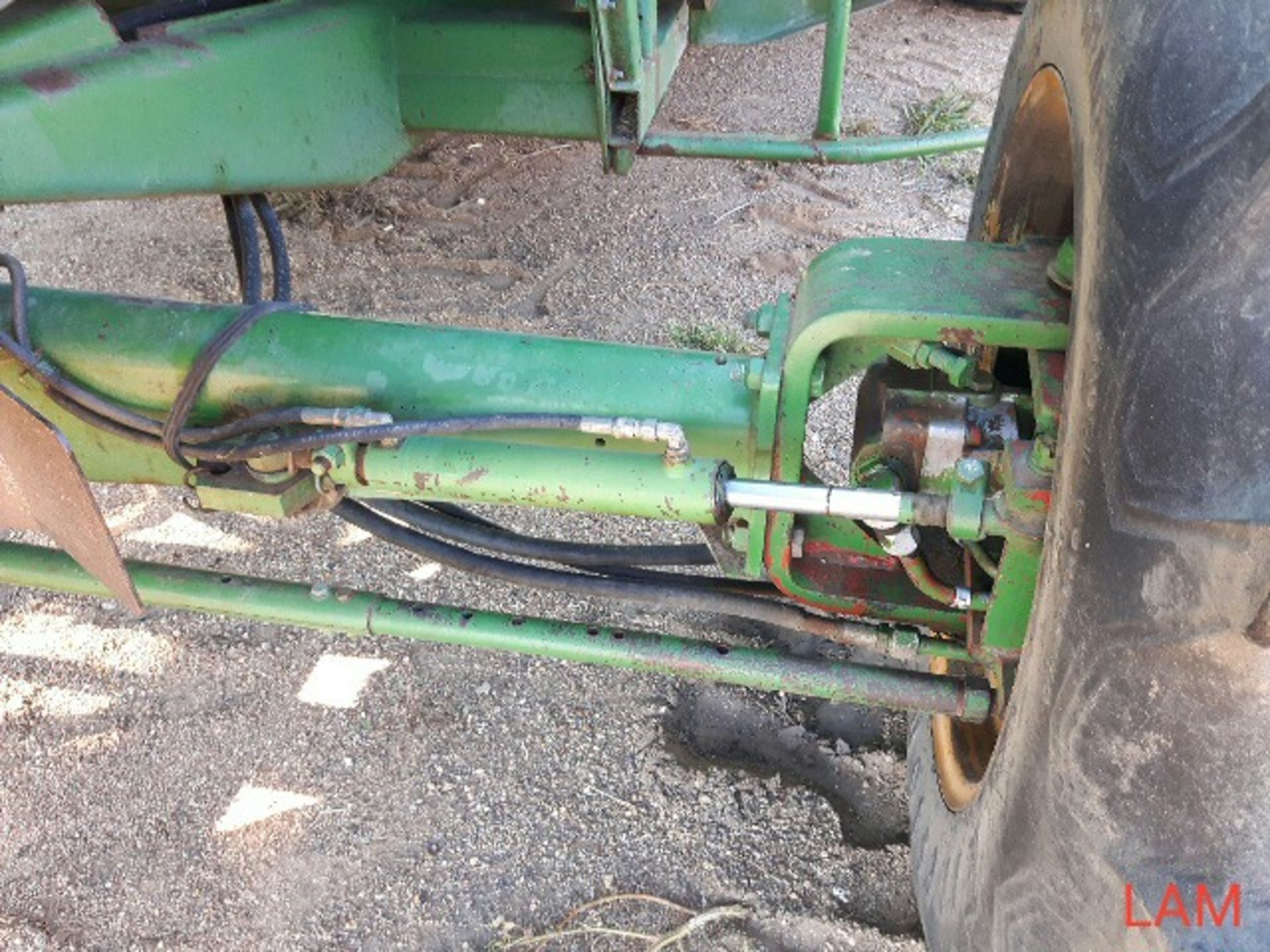 8820 JD Combine Hydrostatic Drive, 3315hrs, c/w New Headliner and padding, to arrive beginning of - Image 7 of 14