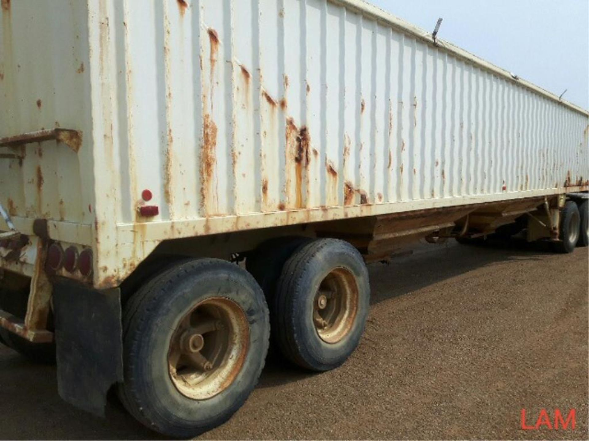 1981 Lode T/A Grain Trailer sn HGT380681K123 Lot # ,& Selling on choice - Image 7 of 9