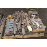 LOT OF SPARE PARTS (on one pallet)