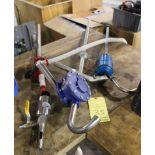 LOT OF BARREL TRANSFER PUMPS: manual & pneu.