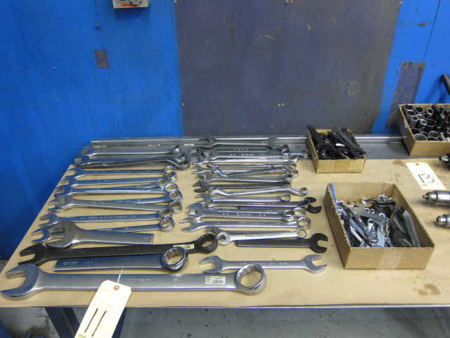Lot 11 - LOT OF WRENCHES, assorted