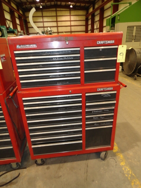 Lot 9 - ROLL AROUND TOOLBOX, CRAFTSMAN, 23-drawer