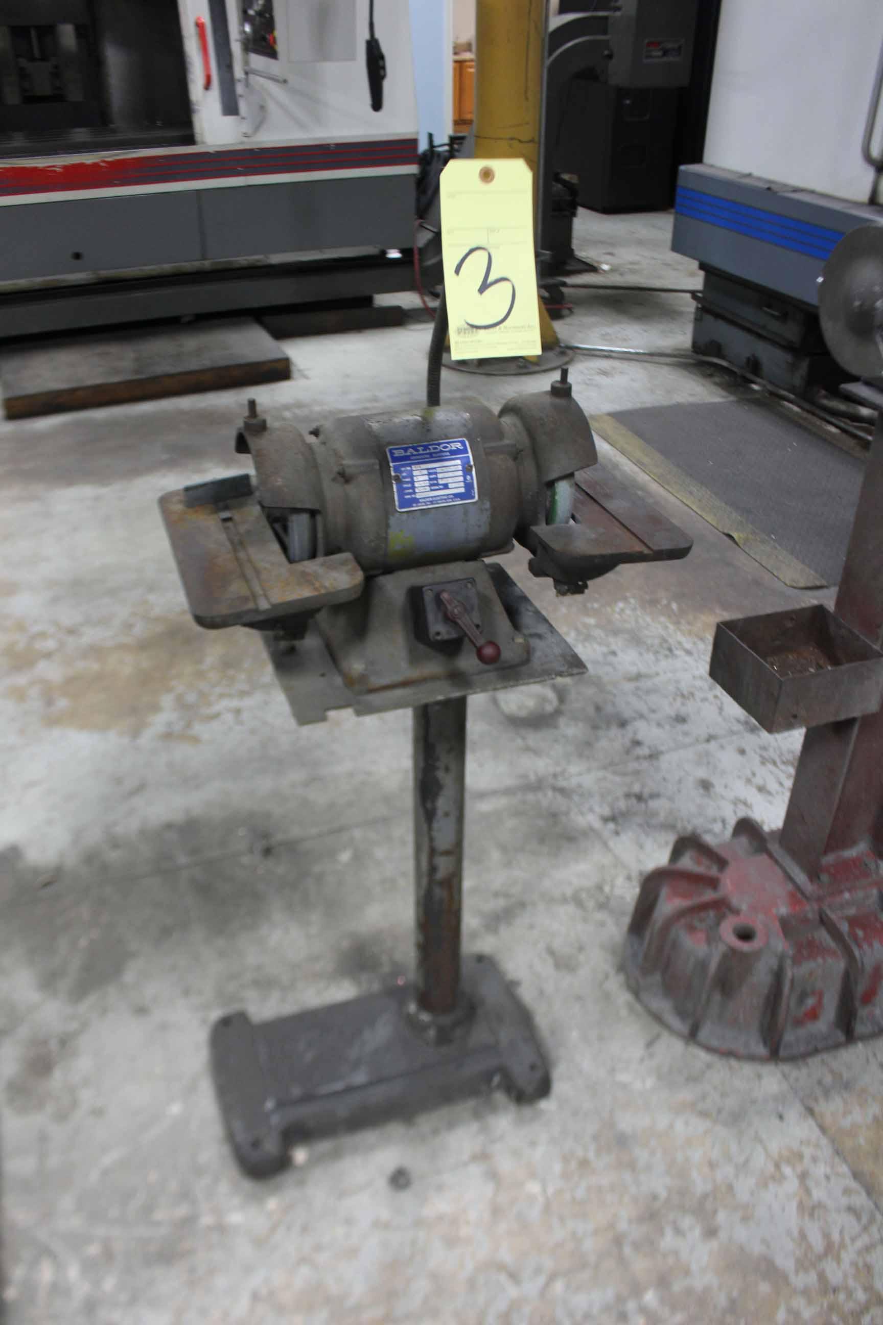 Lot 3 - DOUBLE END CARBIDE GRINDER, BALDOR, ½ HP motor