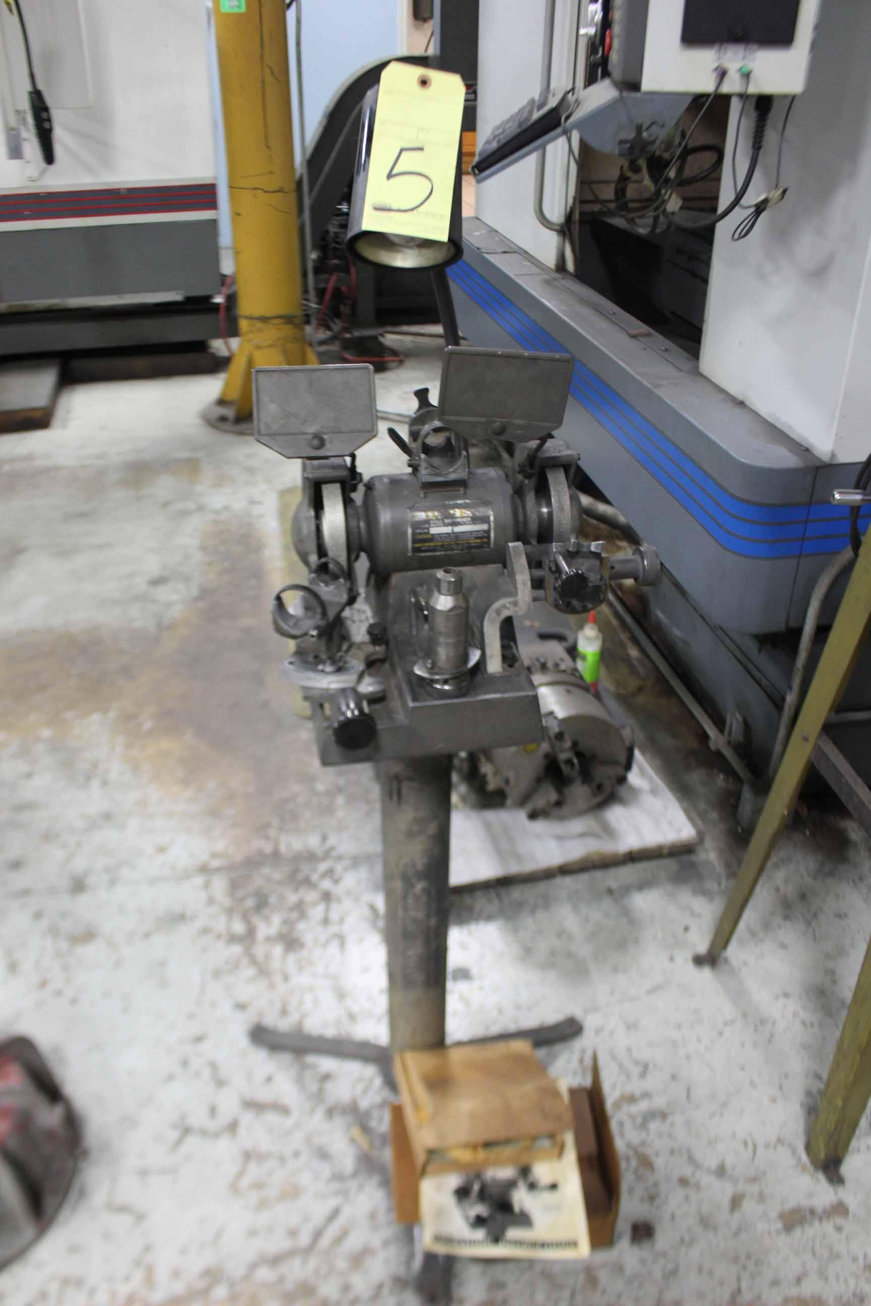 Lot 5 - DRILL SHARPENER, DAREX, 1/3 HP motor, S/N 532888C