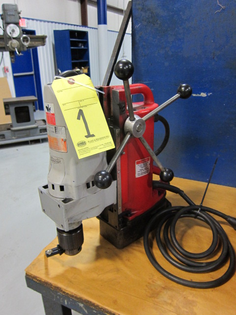 """Lot 1 - MAGNETIC BASE DRILL, MILWAUKEE 3/4"""""""