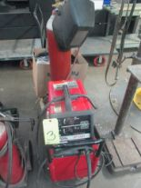 Lot 3 - WELDING MACHINE, LINCOLN MDL. SP130T, 130 amp @ 20 v., 30% duty cycle, integrated wire feeder,