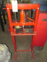 Lot 22 - SHOP PRESS, BIG RED, 12 T. cap.