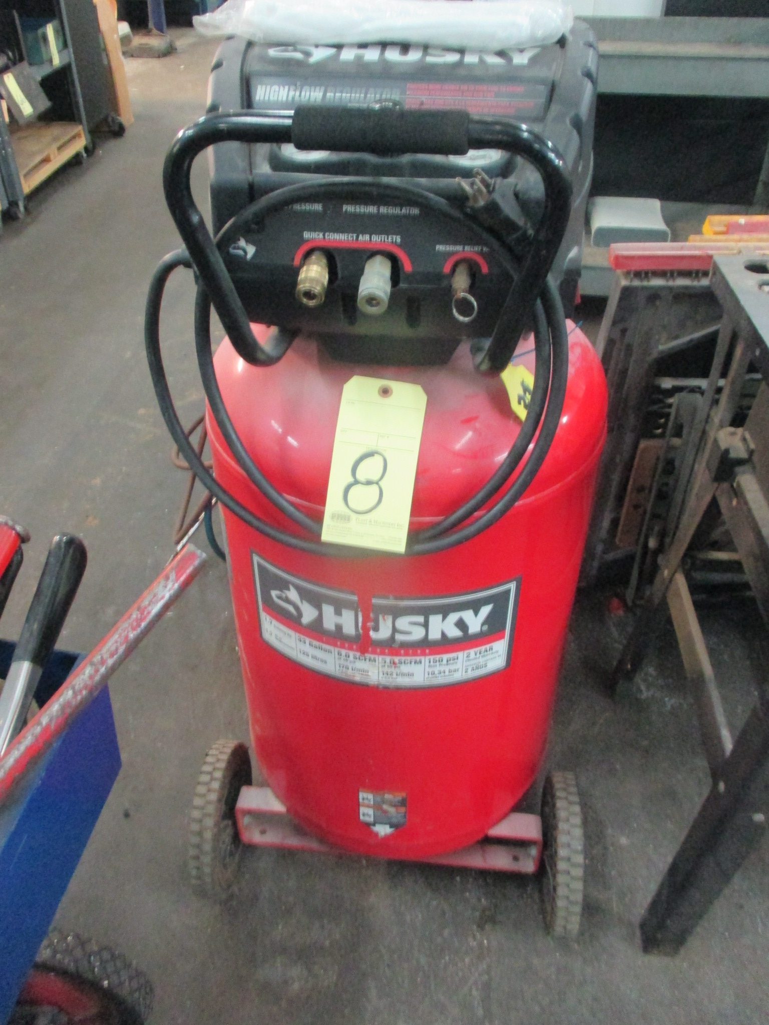 Lot 8 - PORTABLE AIR COMPRESSOR, HUSKY, 33 gal. vert. tank, 5 SCFM @ 90 PSI, roller cart base