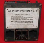 Facade de Wechselberichtersatz (E)e. Avec sa plaque notice, une des 2 prises est manquante.