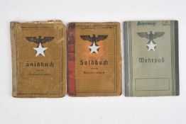 Ensemble de Soldbuch comprenant le soldbuch de l'Unteroffizier «Gottlob Warster», incorporé le 9
