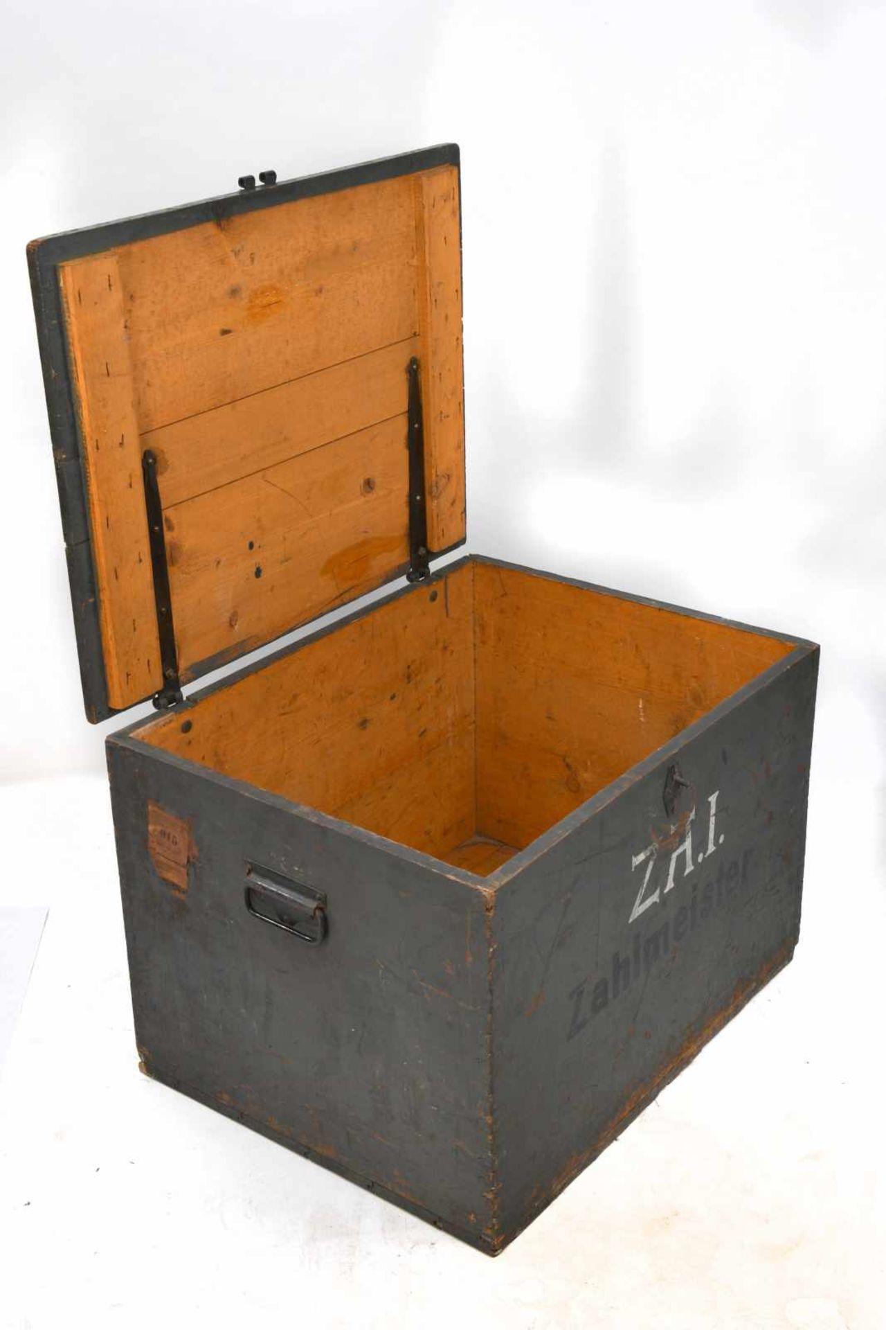 Caisse de trésorier allemand en bois vide, marquages au pochoir «Zahlmeister» et «Z.A.I». - Bild 4 aus 4