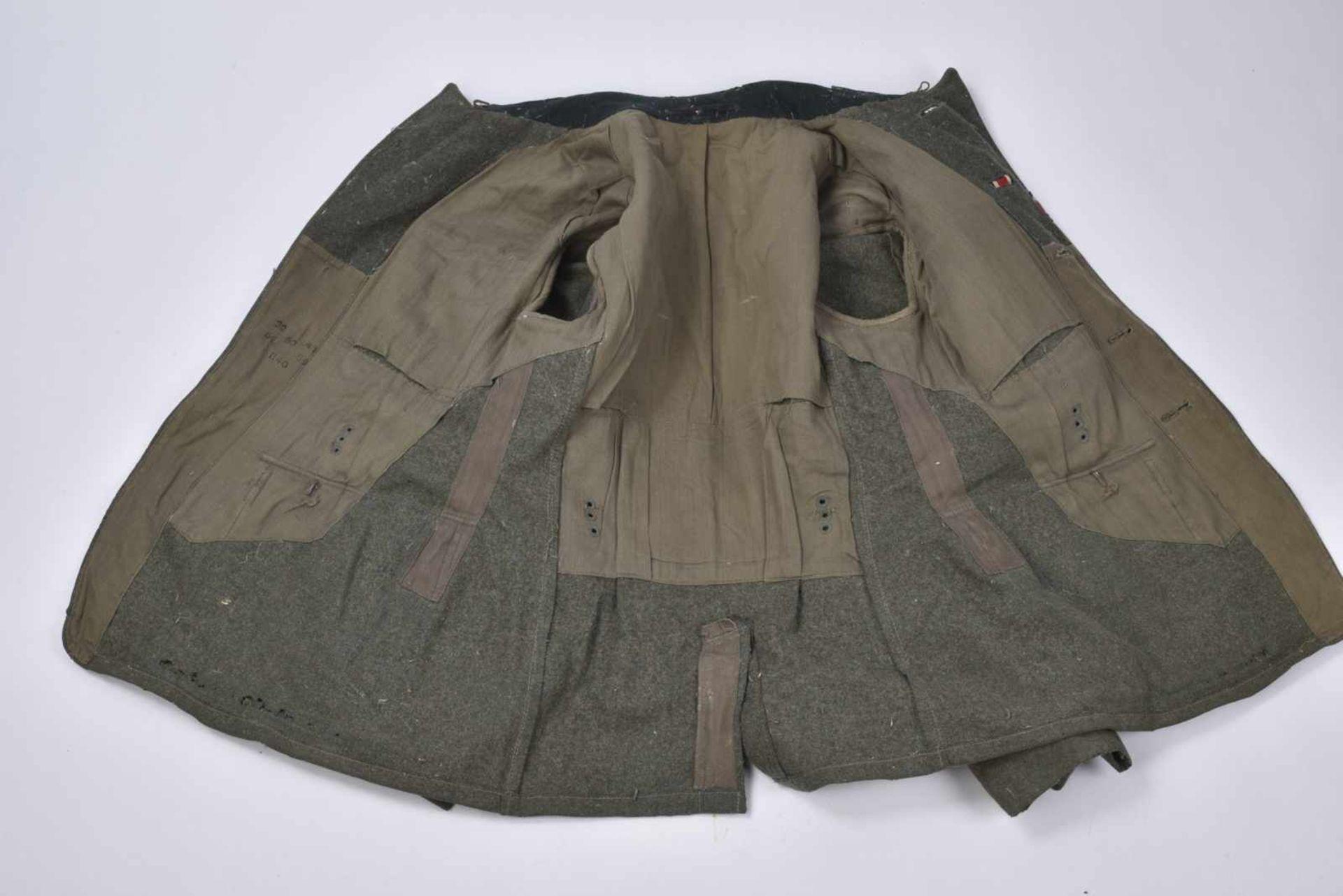 Vareuse de Feldwebel d'infanterie modèle 36 en tissu laineux Feldgrau, tous les boutons sont - Bild 3 aus 4