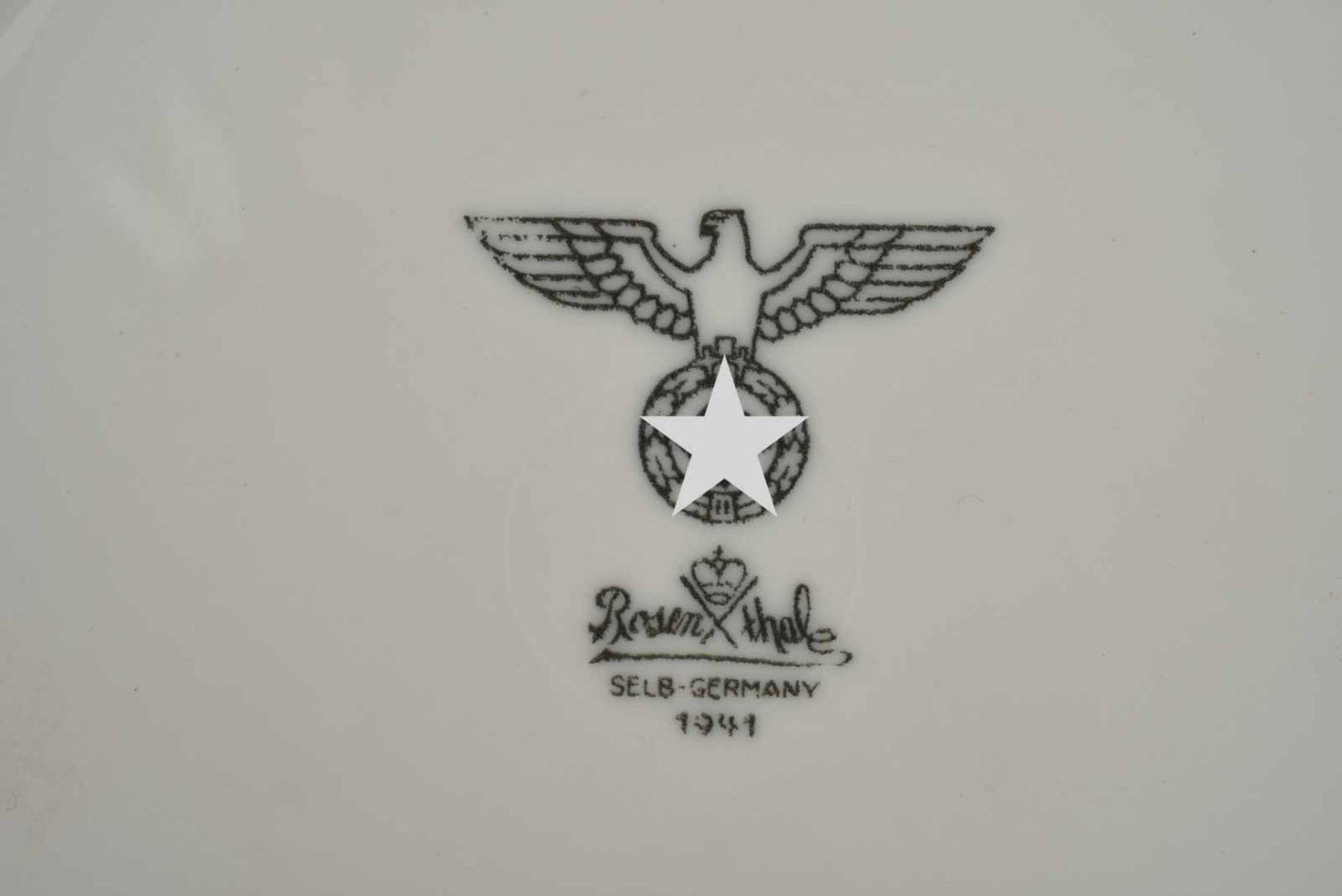 Ensemble de vaisselle allemande comprenant une assiette à soupe de la Kriegsmarine, fabrication « - Bild 4 aus 4