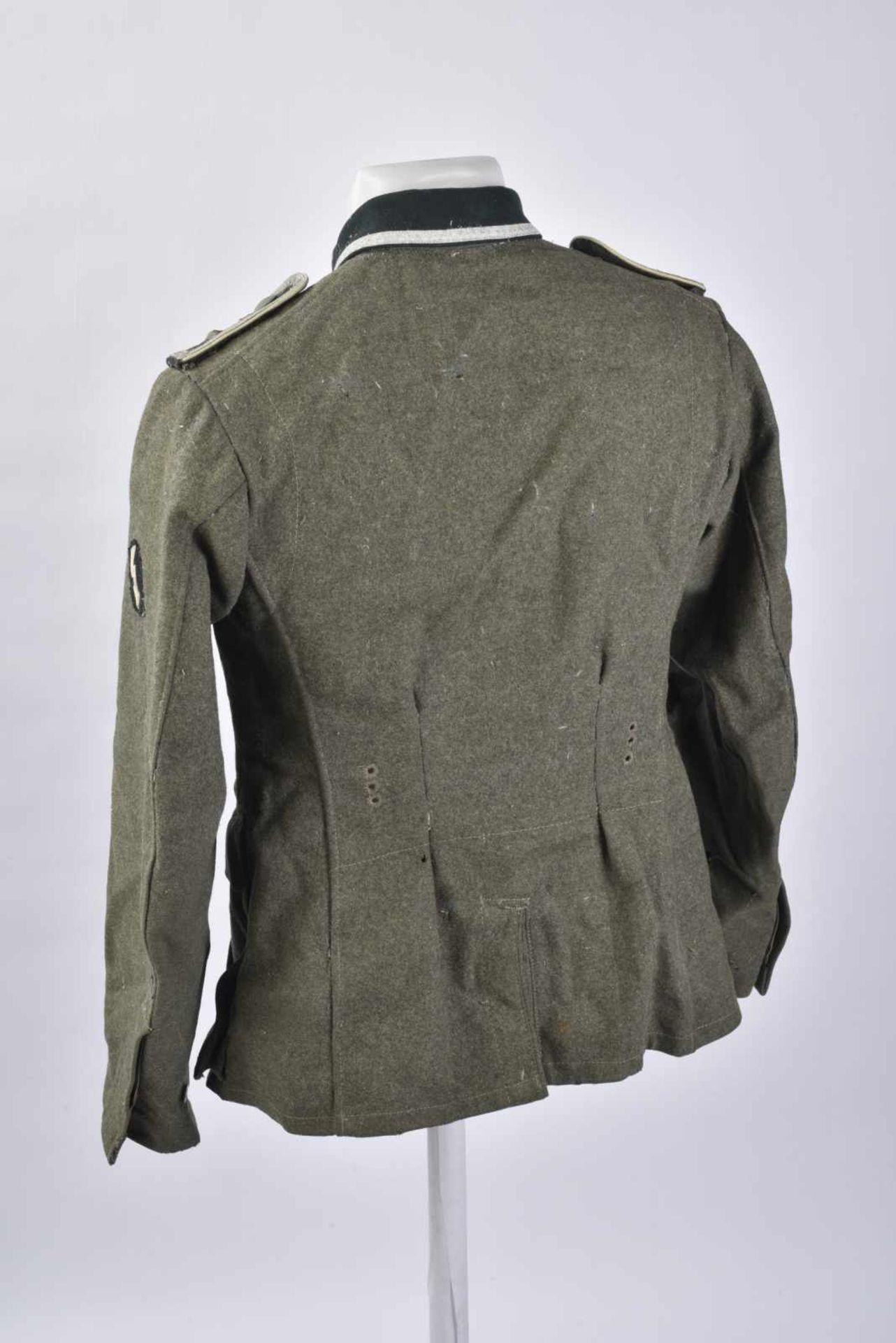 Vareuse de Feldwebel d'infanterie modèle 36 en tissu laineux Feldgrau, tous les boutons sont - Bild 4 aus 4