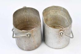 Gamelles allemandes pour Goulaschkanone. Deux gamelles en épais aluminium avec anses.