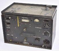 Emetteur 10W Sender c , n°13372 daté 1942 ,pour blindé allemand. Avec son rare couvercle bien