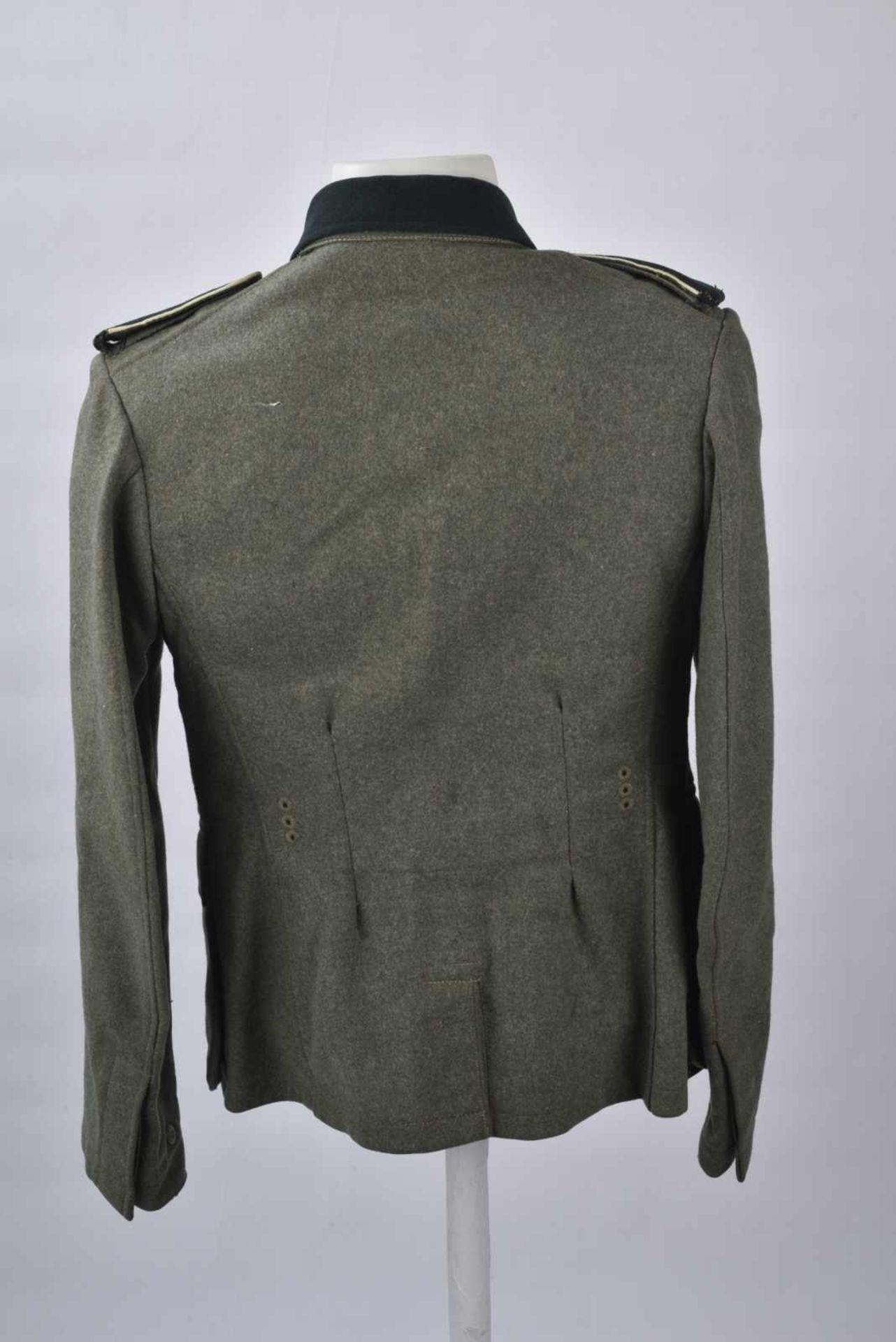 Vareuse troupe d'infanterie allemande. En drap de laine Feldgrau, tous les boutons sont présents. - Bild 4 aus 4