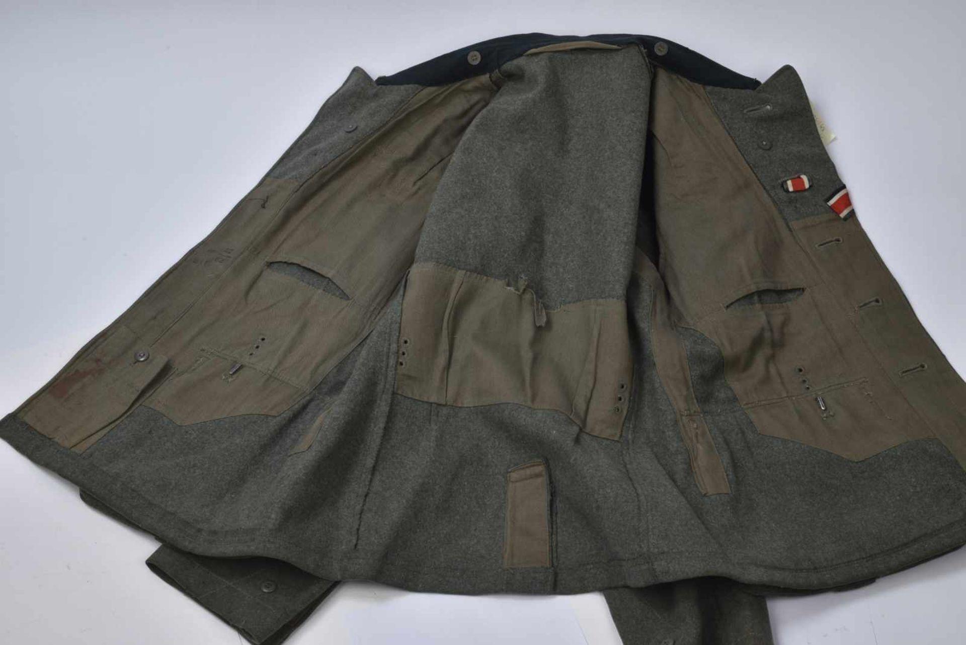 Vareuse troupe d'infanterie allemande. En drap de laine Feldgrau, tous les boutons sont présents. - Bild 3 aus 4